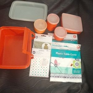 Tupperware plastic lunchbox bundle